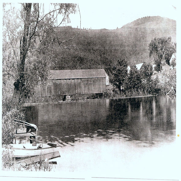Village , dam, Mill Pond